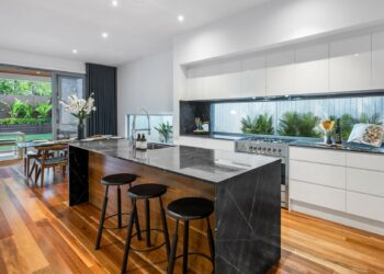97 Boswell Terrace, Manly - (13)(Web)